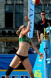 06-06-2010 VOLLEYBAL: JIBA GRAND SLAM BEACHVOLLEYBAL: AMSTERDAM<br /> In een koninklijke ambiance streden de nationale top, zowel de dames als de heren, om de eerste Grand Slam titel van het seizoen bij de Jiba Eredivisie Beach Volleyball - Judith Pietersen<br /> ©2010-WWW.FOTOHOOGENDOORN.NL