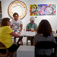 081215       Cable Hoover<br /> <br /> The GallupARTS board conducts a meeting at Art123 Gallery in Gallup Wednesday.