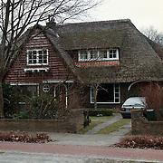 Naarderstraat 16 Huizen ext, door gemeente aangekocht als rouwcentrum begraafplaats