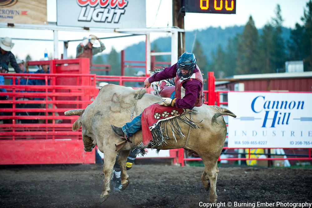 Ruger Piva comes off of Bull #B8 at the Gem State Stampede Extreme Bulls Event August 24th 2017.  Photo by Josh Homer/Burning Ember Photography.  Photo credit must be given on all uses.