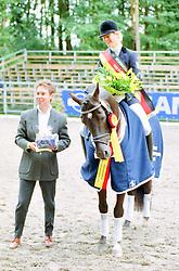 , Warendorf - Bundeschampionate 31.08. - 03.09.2000, Pan Tau B - Engelen, Marion - Championatssieger