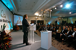 Claus Peter Ochs duramte a assembléia geral e premiações do 20 Congresso Mundial da Intercoiffure - ICD Rio 2008, que acontece de 18 a 20 de maio, no hotel Intercontinental, no Rio de Janeiro . FOTO: Jefferson Bernardes / Preview.com