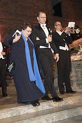 Prinz Daniel, Simone Carmen Boni <br /> <br />  <br /> <br />  beim Nobelbankett 2016 im Rathaus in Stockholm / 101216 <br /> <br /> <br /> <br /> ***The Nobel banquet, Stockholm City Hall, December 10th, 2016***