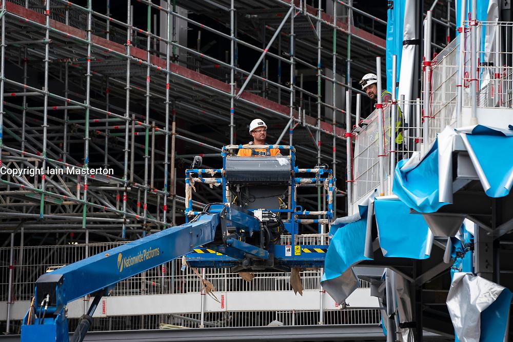 Edinburgh, Scotland, UK. 23 June, 2020. Construction is underway again at new St James Centre shopping and residential projection Edinburgh following long term stoppage during coronavirus lockdown. Iain Masterton/Alamy Live News
