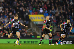 Harlequins Fly-Half (#10) Nick Evans kicks a restart during the first half of the match - Photo mandatory by-line: Rogan Thomson/JMP - Tel: Mobile: 07966 386802 29/12/2012 - SPORT - RUGBY - Twickenham Stadium - London. Harlequins v London Irish - Aviva Premiership - LV= Big Game 5.