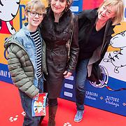 NLD/Amsterdam/20140405 - Filmpremiere Pim & Pom, hedy d' Ancona en kleinzoon Willem