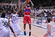 DESCRIZIONE : Trento Lega A 2015-16 Dolomiti Energia Trentino - Consultinvest Pesaro<br /> GIOCATORE : Trevor Lacey<br /> CATEGORIA : Tiro<br /> SQUADRA : Dolomiti Energia Trentino - Consultinvest Pesaro<br /> EVENTO : Campionato Lega A 2015-2016 <br /> GARA : Dolomiti Energia Trentino - Consultinvest Pesaro<br /> DATA : 08/11/2015 <br /> SPORT : Pallacanestro <br /> AUTORE : Agenzia Ciamillo-Castoria/M.Gregolin<br /> Galleria : Lega Basket A 2015-2016 <br /> Fotonotizia : Trento Lega A 2015-16 Dolomiti Energia Trentino - Consultinvest Pesaro