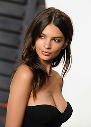 Emily Ratajkowski arrives at the 2016 Vanity Fair Oscar Party Hosted By Graydon Carter at Wallis Annenberg Center for the Performing Arts on February 28, 2016 in Beverly Hills, California. EXPA Pictures © 2016, PhotoCredit: EXPA/ Photoshot/ Dennis Van Tine<br /><br />*****ATTENTION - for AUT, SLO, CRO, SRB, BIH, MAZ only*****