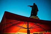 The statue of Jacob Van Artevelde as a symbol of the city, rises above the market on Vrijdagsmarkt, ghent, Belgium 30.04.2016