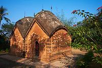 Inde, Bengale-Occidental, village de Baranagar repute pour ses temples en terre // India, West Bengal, Baranagar village, famous for the clay temple