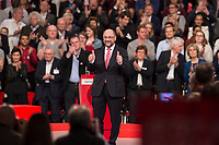 19 MAR 2017, BERLIN/GERMANY:<br /> Martin Schulz, SPD, nach seiner Rede vor seiner Wahl zum SPD Parteivorsitzenden und SPD Spitzenkandidat der Bundestagswahl, a.o. Bundesparteitag, Arena Berlin<br /> IMAGE: 20170319-01-048<br /> KEYWORDS: party congress, social democratic party, candidate, Daumen, klatschen, Jubel, Applaus, applause