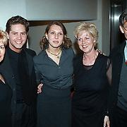 Premiere musical Tsjechov Gouda, Jenny Sluyter en vriend Danny de Munk, ouders en schoonmoeder