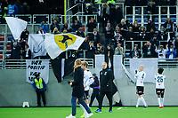 Fotball, Eliteserien <br /> 19.10.17 , 20171019<br /> Vålerenga - Odd<br /> Odds trener Dag-Eilev Fagermo med bortefansen i bakgrunnene etter tap 2-0<br /> Foto: Sjur Stølen / Digitalsport