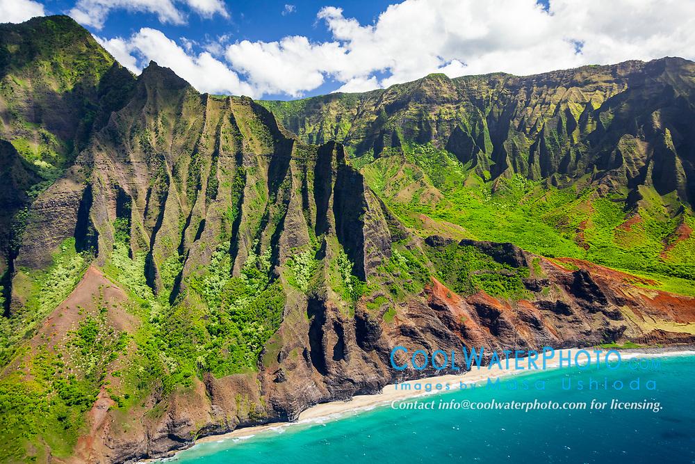 Kalalau Beach and Kalalau Valley, Na Pali Coast, Kauai, Hawaii, USA, Pacific Ocean