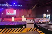 Koning Willem Alexander opent Joint Inspection Center op Schiphol. Het Joint Inspection Center heeft tot doel om een veiligere en efficiëntere vrachtafhandeling op Schiphol mogelijk te maken door verschillende handhavers en inspectiediensten samen te laten werken aan controles van luchtvracht.<br /> <br /> King Alexander opens Joint Inspection Centre at Schiphol. The Joint Inspection Center aims to enable a safer and more efficient cargo handling at the airport by different enforcement and inspection services to collaborate on inspections of air cargo.<br /> <br /> Op de foto / On the photo:  Joint Inspection Centre at Schiphol
