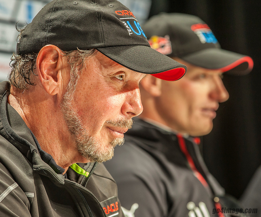 ORACLE Team USA<br /> wins the America's Cup<br /> Race 19<br /> Larry Ellison-Jimmy Spithill<br /> 2013 America's Cup