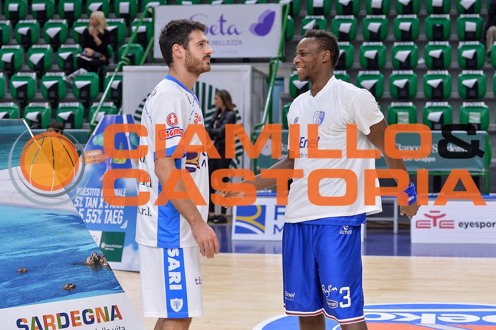 DESCRIZIONE : Beko Legabasket Serie A 2015- 2016 Dinamo Banco di Sardegna Sassari - Enel Brindisi<br /> GIOCATORE : Lorenzo D'Ercole David Reginald Cournooh<br /> CATEGORIA : Before Pregame Fair Play<br /> SQUADRA : Dinamo Banco di Sardegna Sassari<br /> EVENTO : Beko Legabasket Serie A 2015-2016<br /> GARA : Dinamo Banco di Sardegna Sassari - Enel Brindisi<br /> DATA : 18/10/2015<br /> SPORT : Pallacanestro <br /> AUTORE : Agenzia Ciamillo-Castoria/L.Canu