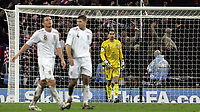 Photo: Paul Thomas/Sportsbeat Images.<br />England v Croatia. UEFA European Championships Qualifying. 21/11/2007.<br /><br />Dejected Scott Carson (Yellow), Frank Lampard (L) and Steven Gerrard of England after Croatia score there third goal.
