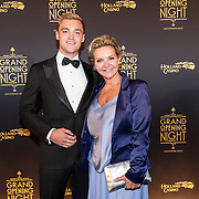 NLD/Amsterdam/20180927 - Opening Holland Casino Amsterdam West, Mariska van Kolck met haar zoon