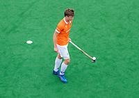BLOEMENDAAL  - Jorrit Croon (Bldaal)  tijdens de oefenwedstrijd Bloemendaal-Den Bosch (m) .  COPYRIGHT KOEN SUYK