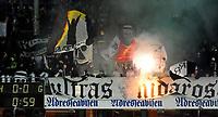 Fotball Tippeligaen Rosenborg - Vålerenga<br /> 19 oktober  2014<br /> Lerkendal Stadion, Trondheim<br /> <br /> Rosenborgs supportere Kjernen med sitt Pyo-show i kampens første minutt<br /> <br /> <br /> Foto : Arve Johnsen, Digitalsport