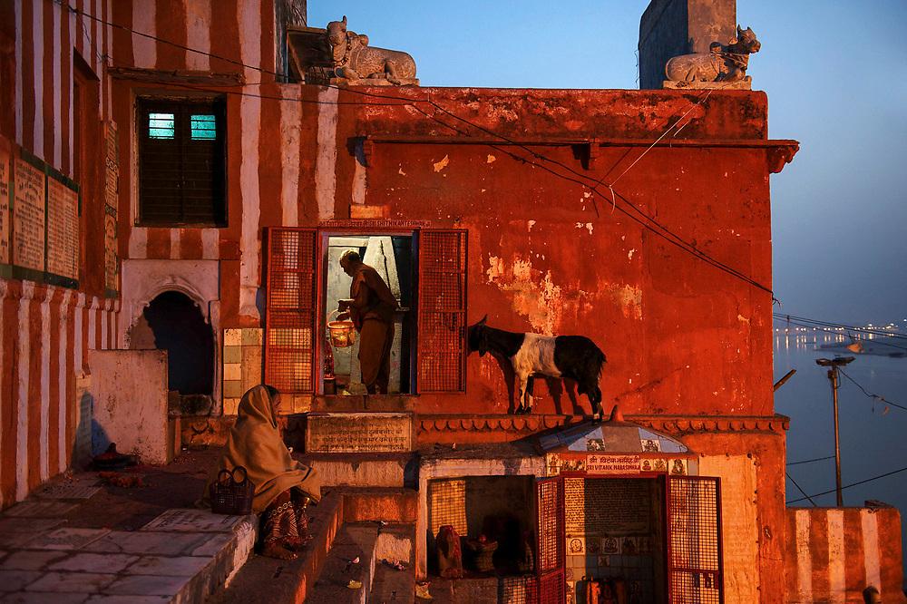 Kedar Ghat, as the sun rises over the Ganges,  Varanasi, Uttar Pradesh, India