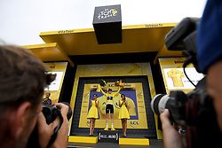 July 20, 2018 - Valence, France - VALENCE, FRANCE - JULY 20 : THOMAS Geraint (GBR) of Team SKY pictured with the yellow jersey during the podium ceremony after  stage 13 of the 105th edition of the 2018 Tour de France cycling race, a stage of 169.5 kms between Bourg d'Oisans and Valence on July 20, 2018 in Valence, France, 20/07/2018 (Credit Image: © Panoramic via ZUMA Press)