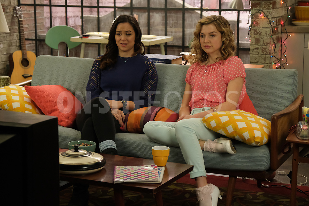 """THE GOLDBERGS - """"The Dating Game"""" – Trying to move on from their breakup, Erica goes on a date with a guy from the coffee shop while Geoff ends up on an episode of """"The Dating Game,"""" which winds up making things even more difficult for them both. Meanwhile, Beverly is thrilled to learn that Murray has spontaneously purchased a shore house until she realizes it's not quite the luxury home she imagined on a new episode of """"The Goldbergs,"""" WEDNESDAY, APRIL 21 (8:00-8:30 p.m. EDT), on ABC. (ABC/Scott Everett White)<br /> HAYLEY ORRANTIA, ANNA GRACE BARLOW"""