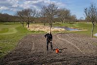 HALFWEG  - AGC , Amsterdamse Golf Club, Head greenkeeper Frank Klaver.   COPYRIGHT KOEN SUYK