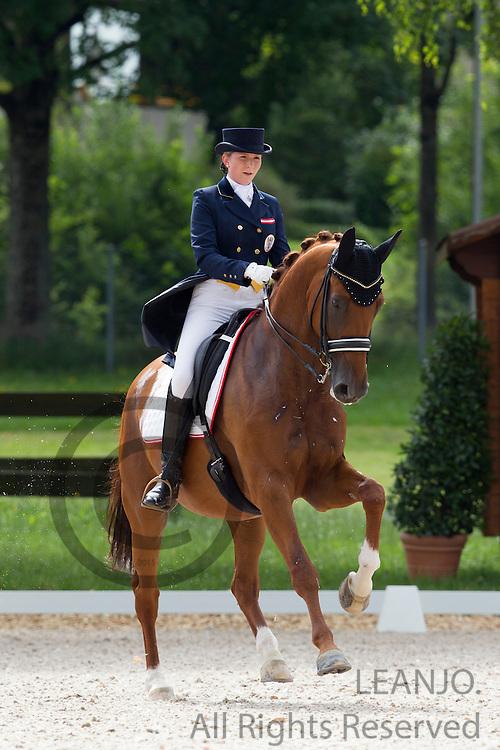 Tatjana Svehla - Donaublick<br /> FEI European Championships Dressage Juniors and Young Riders 2012<br /> © DigiShots