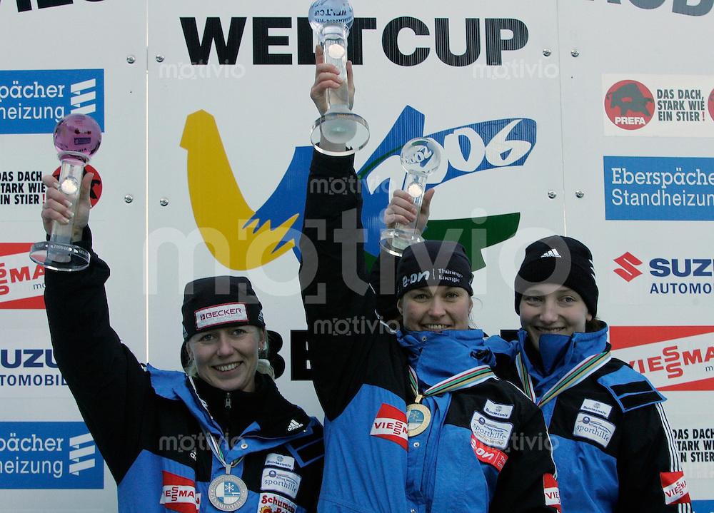 Oberhof , 280106 , Weltcup Rennrodeln  Podium Gesamtweltcup: Sylke Otto , Silke Kraushaar , Tatjana Huefner / alle GER