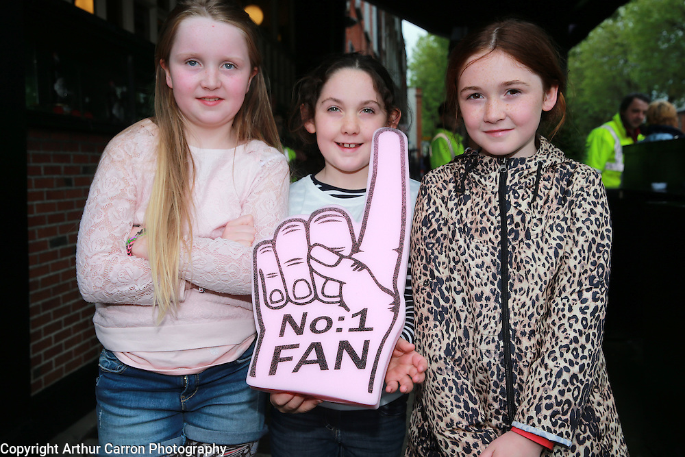 23/5/14 One Direction fans Chloe Duggan, age 8, Sarah O'Reilly, 8 and Ella O'Reilly, 9, Athlone on their way to see the band at Croke Park, Dublin.. Picture:Arthur Carron