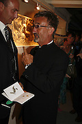 Eddie Jordan, Gala champagne reception and dinner in aid of CLIC Sargent.  Grosvenor House Art and Antiques Fair.  Grosvenor House. Park Lane. London. 15  June 2006. ONE TIME USE ONLY - DO NOT ARCHIVE  © Copyright Photograph by Dafydd Jones 66 Stockwell Park Rd. London SW9 0DA Tel 020 7733 0108 www.dafjones.com