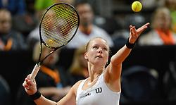 07-02-2015 NED: Fed Cup Nederland - Slowakije, Apeldoorn<br /> Kiki Bertens opende in Apeldoorn met een duidelijke nederlaag (2-6 5-7).