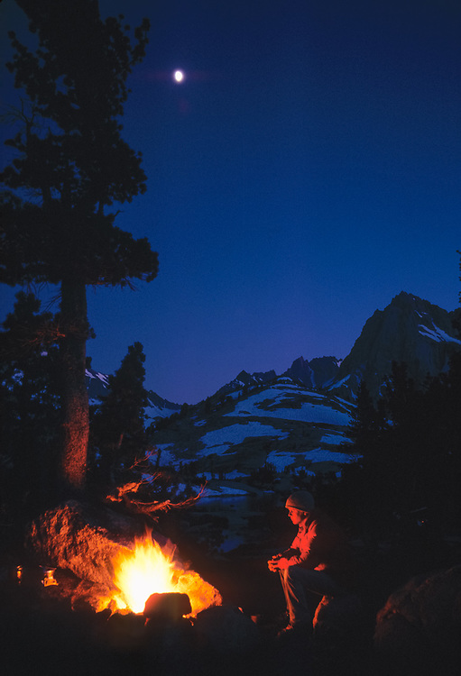 Jim Smith at a campfire, near Bishop Lake, John Muir Wilderness, California, USA (note this photo was taken prioir to campfire restrictions in this wilderness)