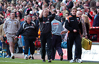 Photo: Tony Oudot.<br />Charlton Athletic v Wigan Athletic. The Barclays Premiership. 31/03/2007.<br />Alan Pardew of Charlton applauds the fans at the end of the game