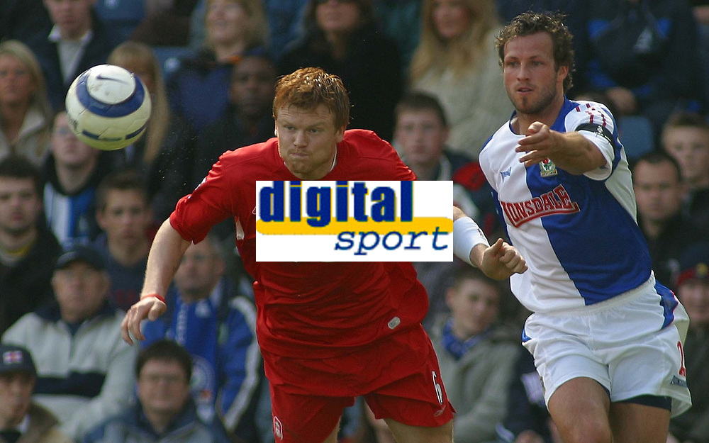 Photo: Paul Thomas.<br /> Blackburn Rovers v Liverpool. The Barclays Premiership. 16/04/2006.<br /> <br /> Liverpool's John Arne Riise (L) and Blackburns Lucas Neill.