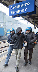 """07.05.2016, Grenzübergang, Brenner Ort, ITA, Demonstration gegen Grenzsicherungsmaßnahmen am Brenner. Linksaktivisten rufen unter dem Motto """"Tag des Kampfes"""" zur Demonstration am Brenner auf, im Bild Verhaftung im Zuge der Demo // Left activists call under the slogan """"Day of the Fight"""" to Demonstration at the border """"Brenner"""". The demonstration is directed against the planned border security measures at the border from Italy to Italy, The Brenner Pass is one of the most important border crossings in Europe. Brenner Ort, Italy on 2016/05/07. EXPA Pictures © 2016, PhotoCredit: EXPA/ Johann Groder"""