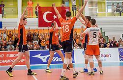 25-09-2016 NED: EK Kwalificatie Nederland - Turkije, Koog aan de Zaan<br /> Vreugde bij Nederland