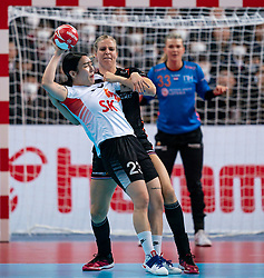 11-12-2019 JAP: Netherlands - Korea, Kumamoto<br /> Last match Main Round Group1 at 24th IHF Women's Handball World Championship, Netherlands win the last match against Korea with 36 - 24. / Danick Snelder #10 of Netherlands, Migyeong Lee #23 of Korea