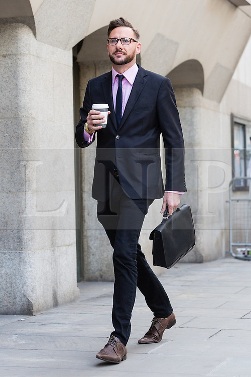 © Licensed to London News Pictures. 30/06/2014. London, UK. Glenn Mulcaire arrives at The Old Bailey in central London this morning, 29th June 2014.. Photo credit : Vickie Flores/LNP