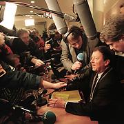 28-01-98.Groningen, raadsvergadering vertrek Ouwerkerk. Foto: Sake Elzinga