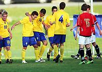Fotball , 22. september 2009 , Privatkamp , G15 , Norge - Sverige 1-5<br /> Norway - Sweden U15<br />  Filip Piukovski (17) Dino Islamovic (16) , Rasmus Lindgren (10)  Sverige jubler etter scoring