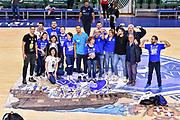 Tifosi Orgoglio Biancoblu, Scott Bamforth, Jaime Smith, Marco Spissu<br /> Banco di Sardegna Dinamo Sassari - AX Armani Exchange Olimpia Milano<br /> LBA Serie A Postemobile 2018-2019 Playoff Semifinale Gara 3<br /> Sassari, 02/06/2019<br /> Foto L.Canu / Ciamillo-Castoria