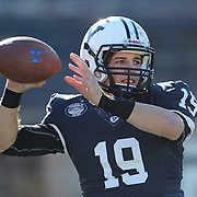 Yale Quarterback Morgan Roberts warming up before the Yale Vs Princeton, Ivy League College Football match at Yale Bowl, New Haven, Connecticut, USA. 15th November 2014. Photo Tim Clayton