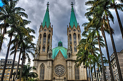 A Catedral Metropolitana de São Paulo ou Catedral da Sé, localiza-se na Praça da Sé, no centro da cidade de São Paulo. É um dos cinco maiores templos góticos do mundo. A catedral é o templo principal da paróquia de Nossa Senhora Assunção e São Paulo, criada em 10 de agosto de 1591. FOTO: Jefferson Bernardes/Preview.com