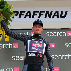 PFAFFNAU (SUI) CYCLING<br />Tour de Suisse stage 3. The second stage in the Tour of Switzerland was right up Mathieu van der Poel's street. The Dutch champion from Alpecin-Fenix signed for his second consecutive stage win after a powerful sprint in the streets of Pfaffnau. MvdP is also the new leader in the General Classification.