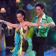 NLD/Baarn/20070527 - Finale Dancing with the Stars 2007, optreden van Aukje van Ginneken met danspartner Remco Bastiaansen