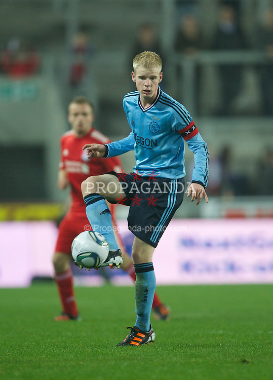 ST HELENS, ENGLAND - Wednesday, March 14, 2012: AFC Ajax's captain Davy Klaassen in action against Liverpool during the NextGen Series Semi-Final match at Langtree Park. (Pic by David Rawcliffe/Propaganda)
