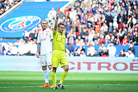 Philippe KALT - Carton rouge pour Sebastien CORCHIA - 25.04.2015 - Paris Saint Germain / Lille - 34eme journee de Ligue 1<br />
